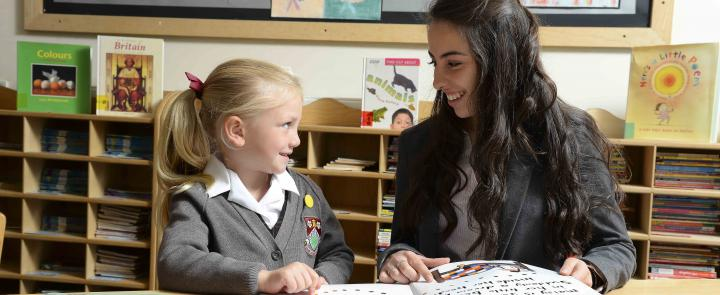 Junior and Senior School Children at Ashville College | Dickinson British School Consulting